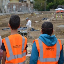 Découverte du chantier de fouilles archéologiques